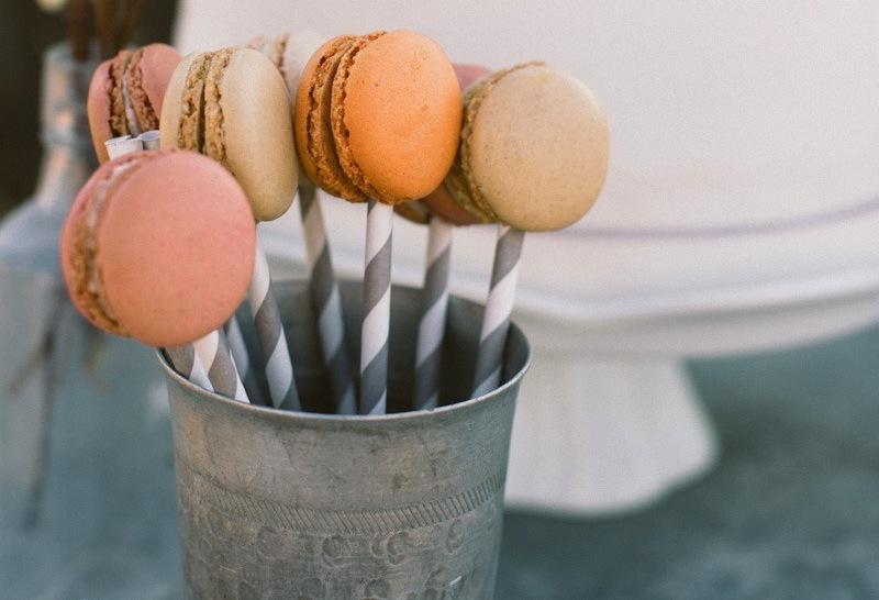 Macaron-cake-pops.full
