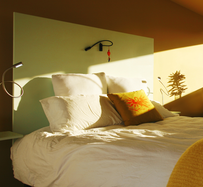 Room6_bed.full