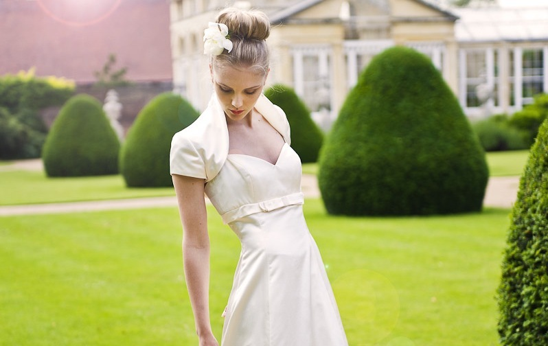 Wedding-dress-by-louise-selby-2013-bridal-orchid.full