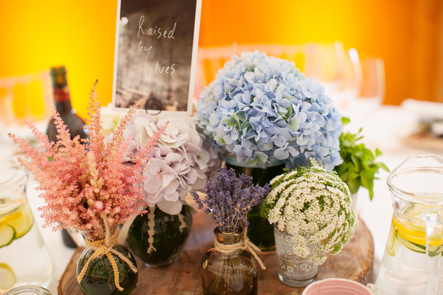 Welcome-table-at-wedding-reception-romantic-hydrangea-fllowers.full