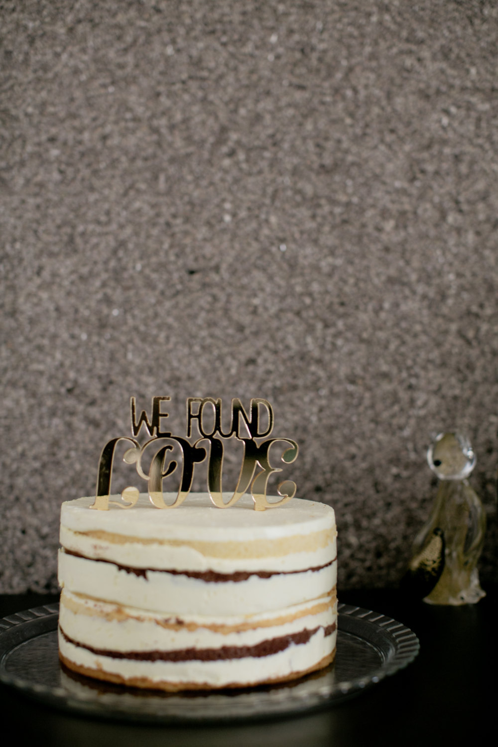 Awesome-wedding-cake-topper-gold.full