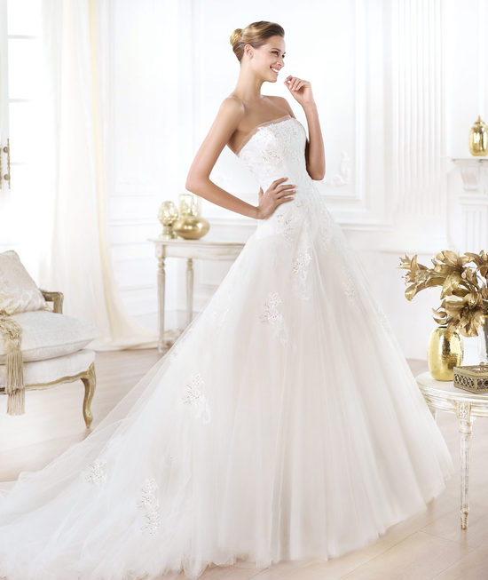 Pronovias wedding dress pre 2014 Glamour bridal collection Leonie