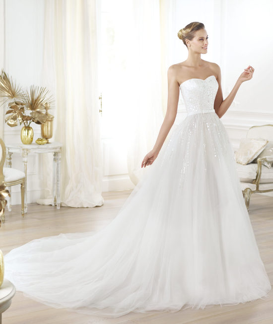 Pronovias wedding dress pre 2014 Glamour bridal collection Layna