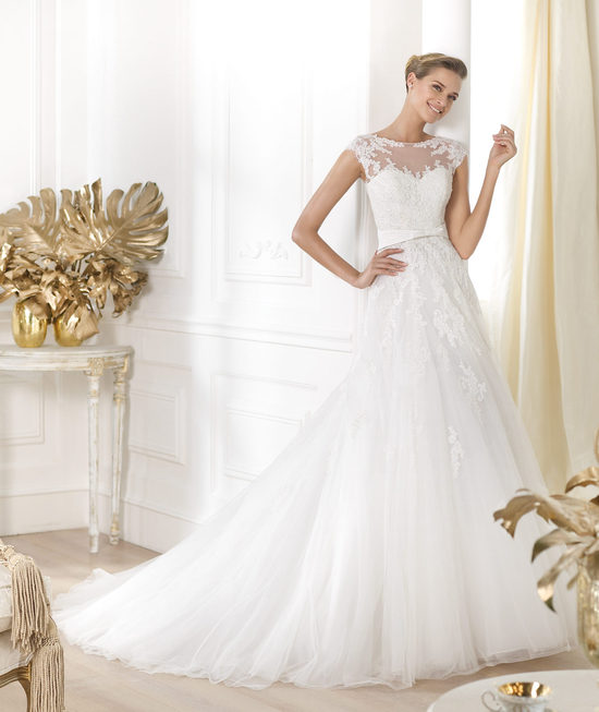 Pronovias wedding dress pre 2014 Glamour bridal collection Lianna