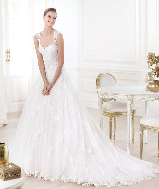 Pronovias wedding dress pre 2014 Glamour bridal collection Layanne