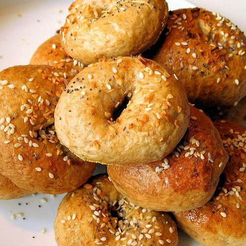 Bagels and rolls are perfect for the early morning brunch at your wedding