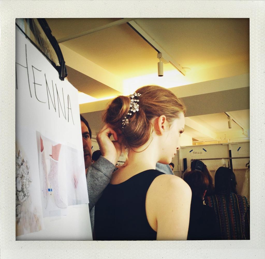 Oscar-de-la-renta-bridal-spring-2014-wedding-dress-collection-backstage-6.full
