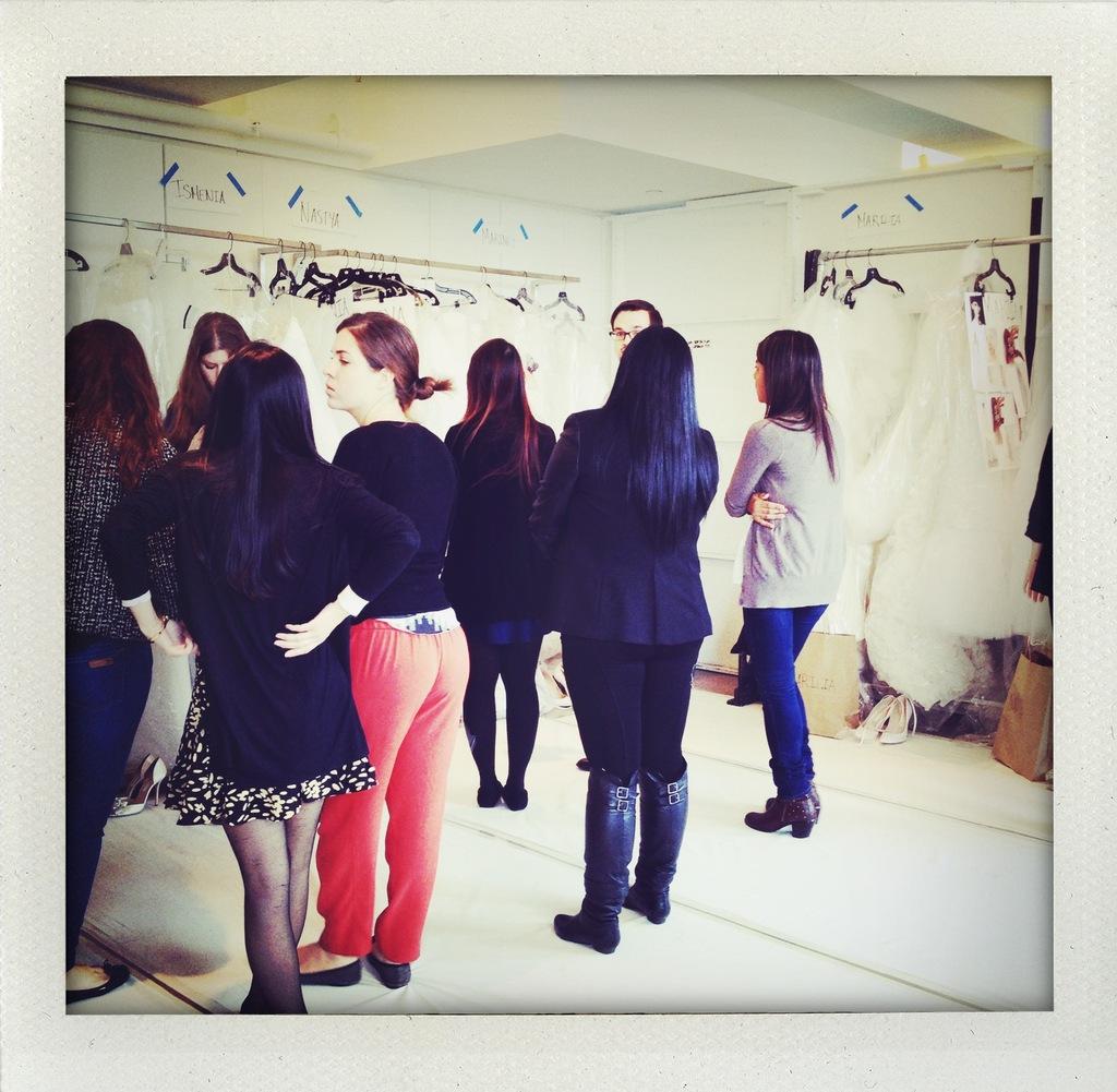 Oscar-de-la-renta-bridal-spring-2014-wedding-dress-collection-backstage-4.full