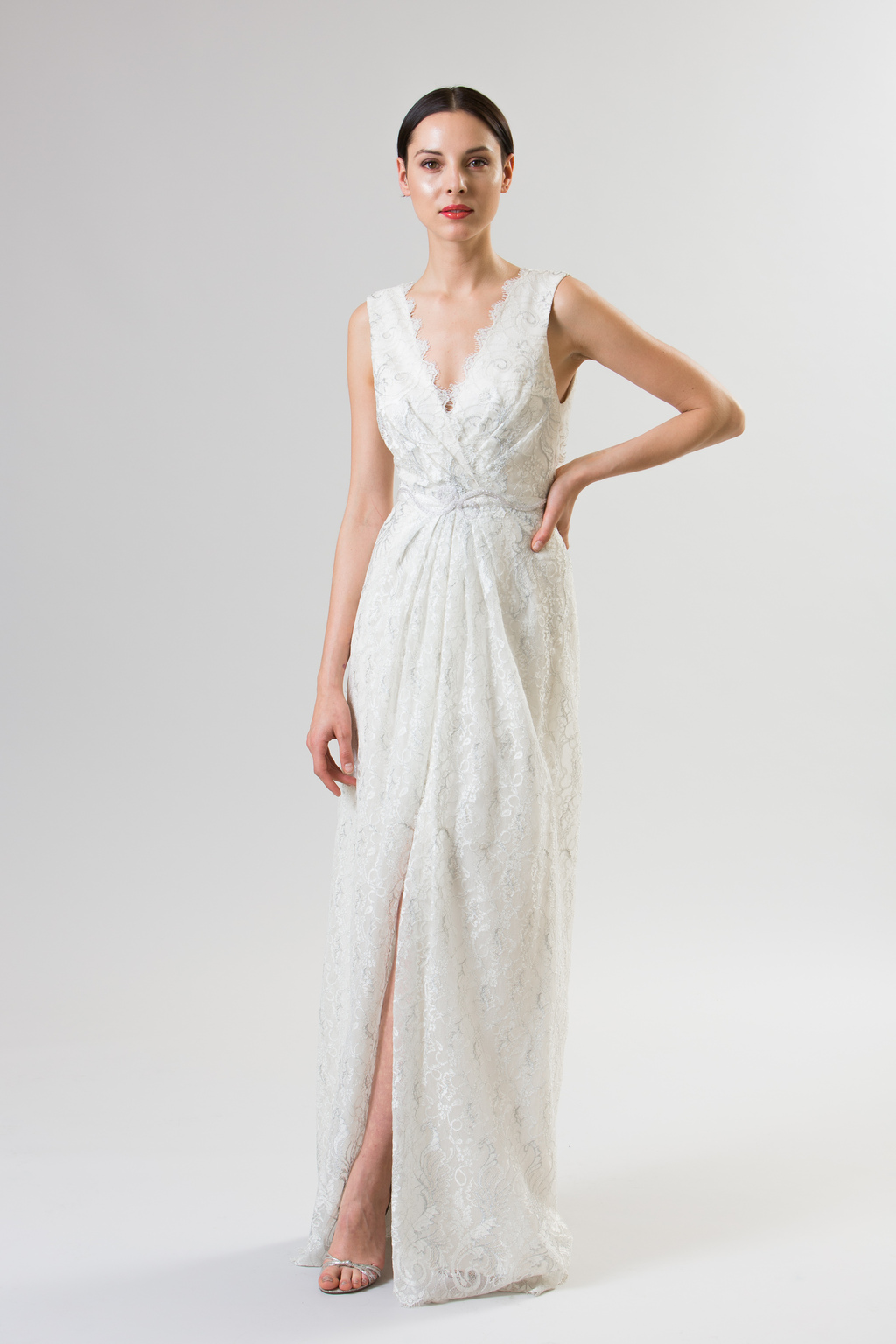 Junko-yoshioka-summer-spring-2014-wedding-dress-frambois_1.full