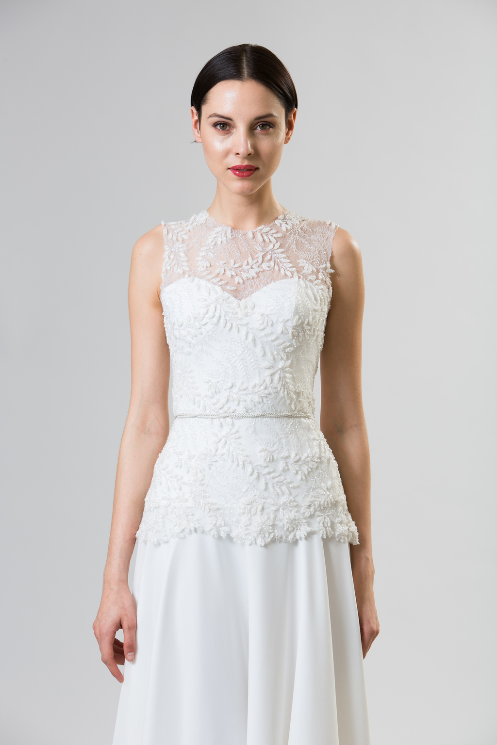 Junko-yoshioka-summer-spring-2014-wedding-dress-macaroon_2.full