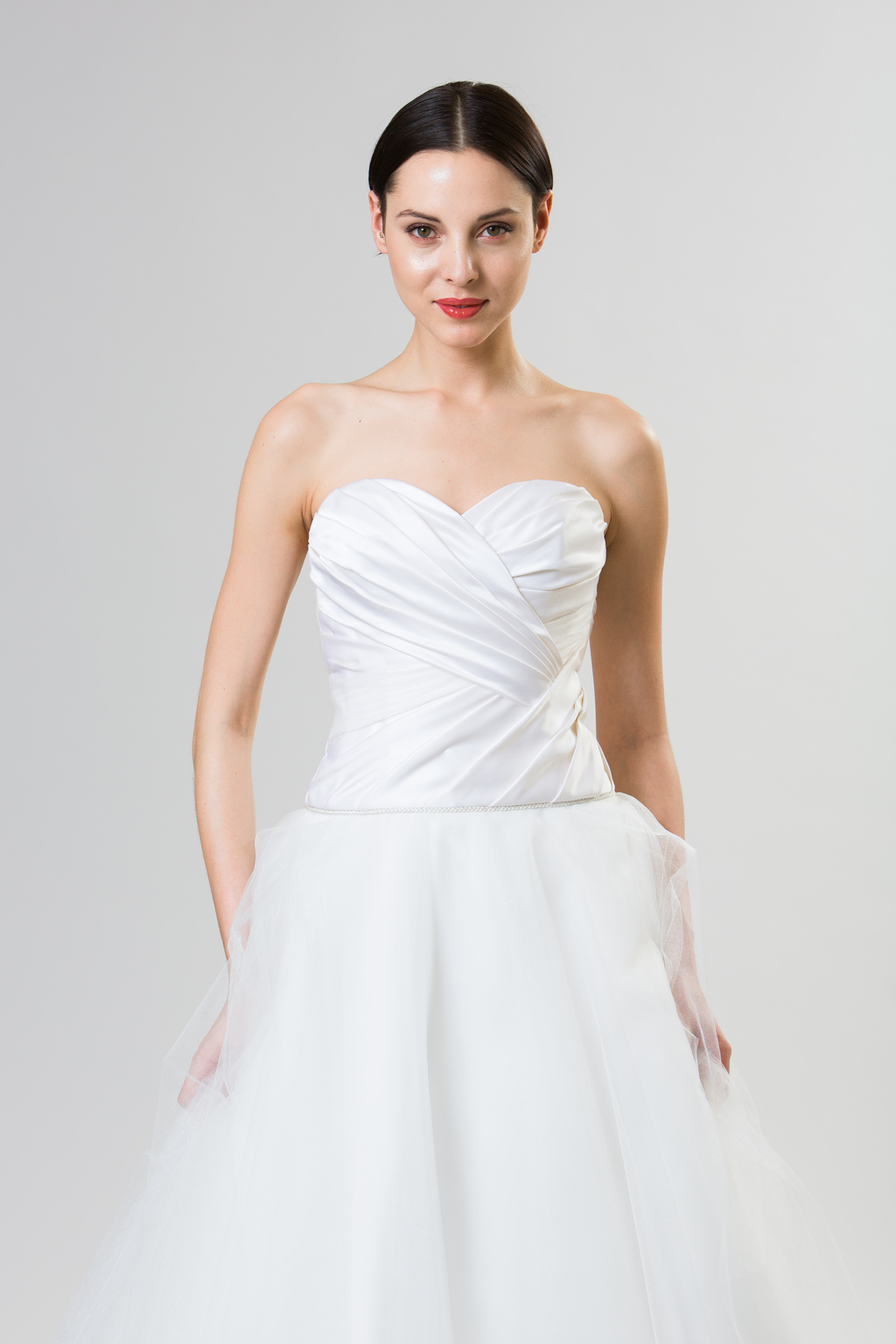 Junko-yoshioka-summer-spring-2014-wedding-dress-madeleine_2.full