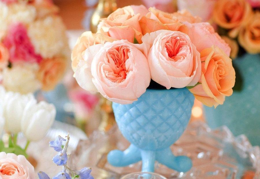 peach garden roses in turquoise vase - Peach Garden Rose