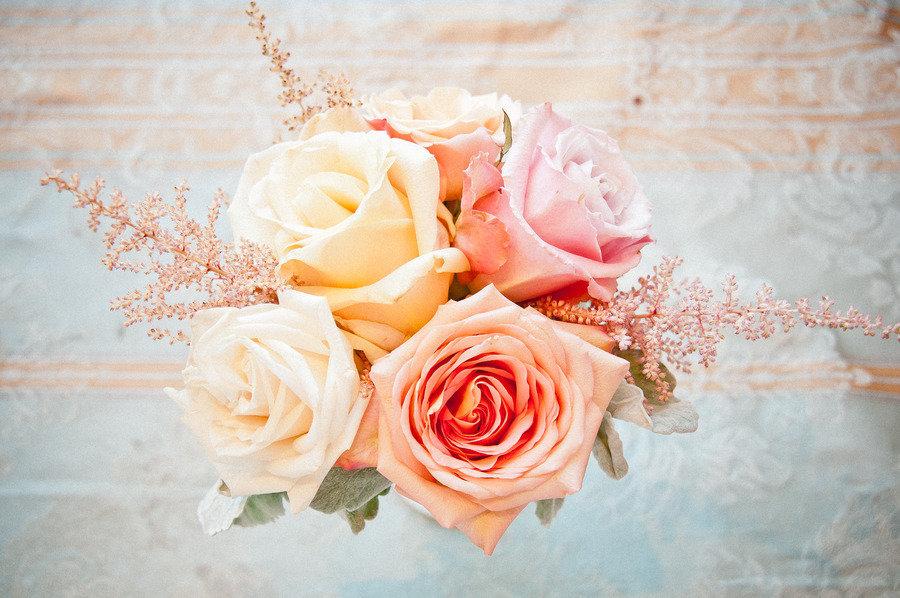 Pastel-rose-wedding-centerpiece.full