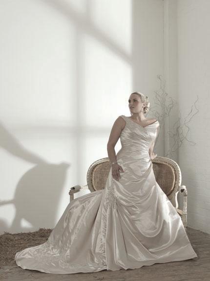Plus-size-wedding-dresses-chatfields.full