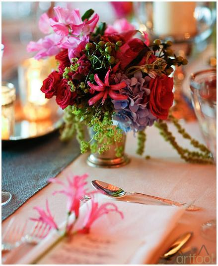 Artfool-events-for-inspiration-floral-centerpieces-tablescape-green-pink-fuchsia-light-blue-low-centerpieces-2.full