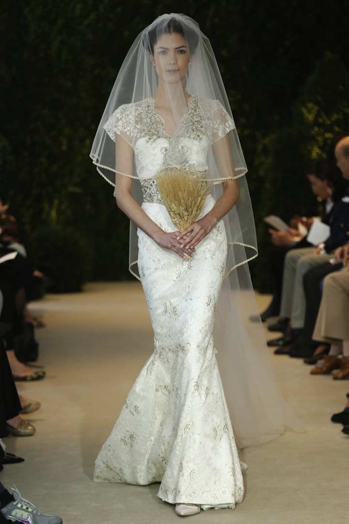Carolina-herrera-wedding-dress-spring-2014-bridal-29.full