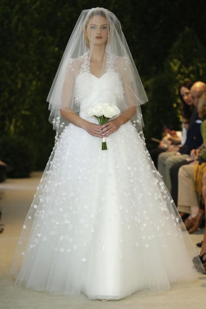 Carolina-herrera-wedding-dress-spring-2014-bridal-17.full