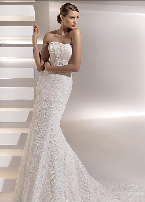 Galveston wedding dress from Pronovias- strapless, mermaid style, crochet lace