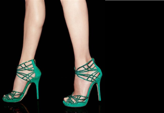 Emerald-green-with-crystals-wedding-shoes.full