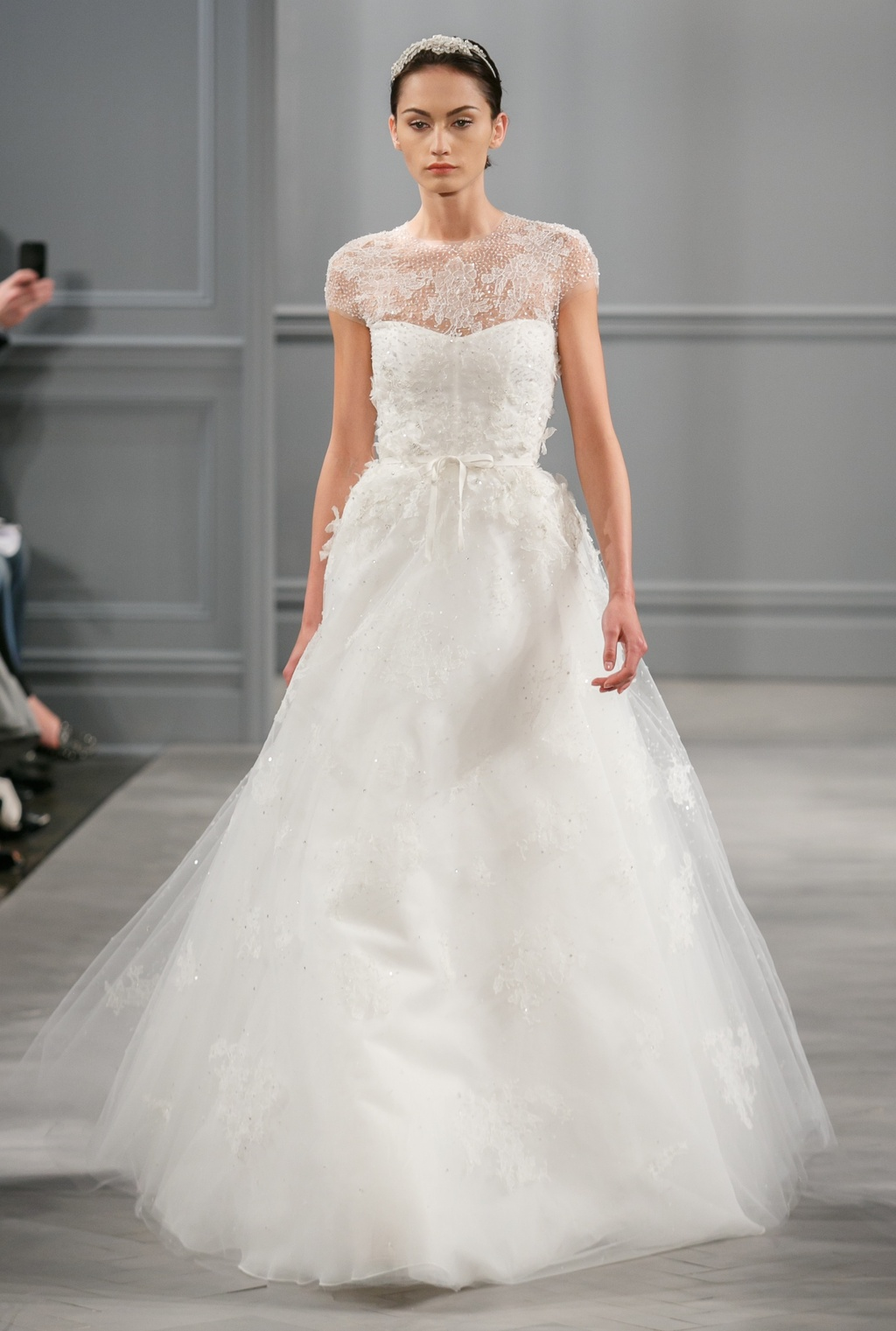 Spring 2014 wedding dress monique lhuillier bridal for Monique lhuillier wedding dress