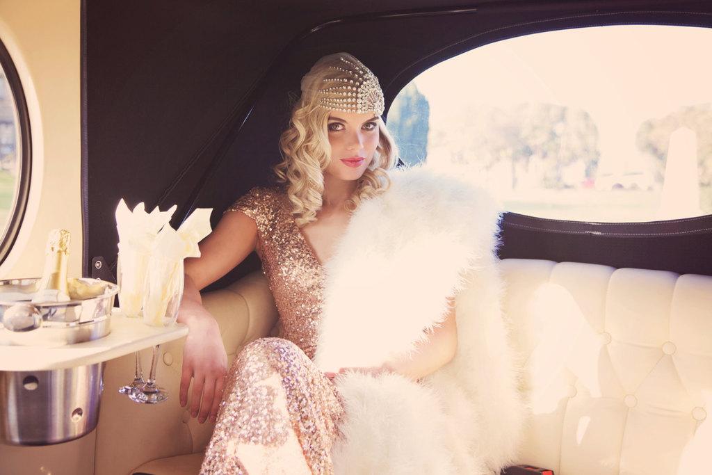 Vintage-glam-bride-crystal-wedding-cap.full