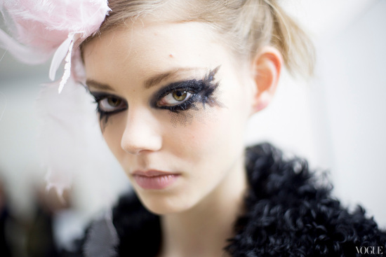Black tulle lined eyes daring bridal makeup