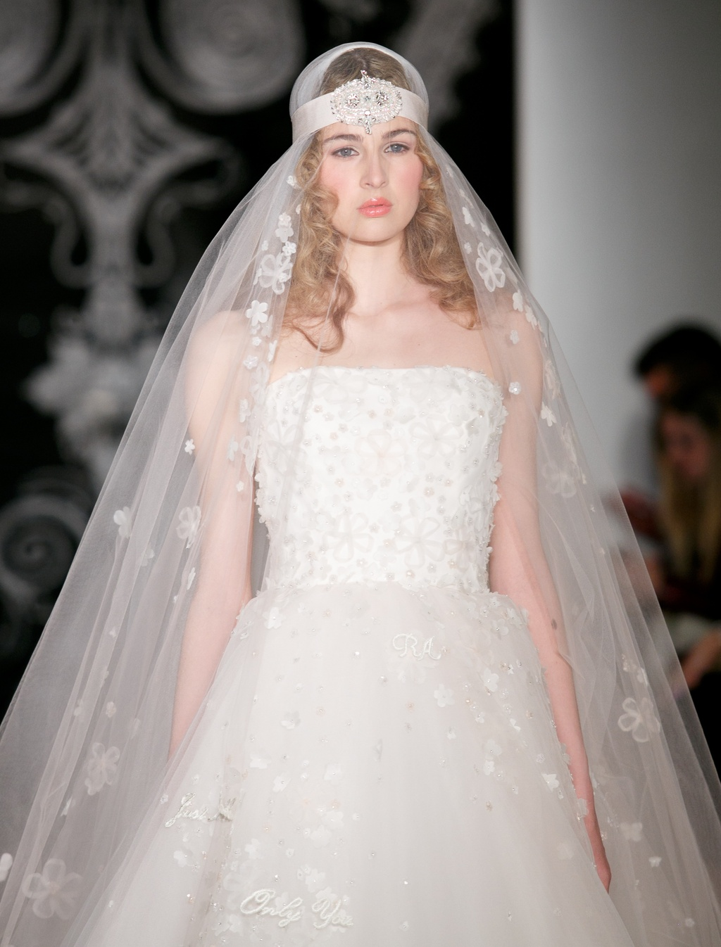 Beautiful-bridal-details-at-reem-acra-3.full