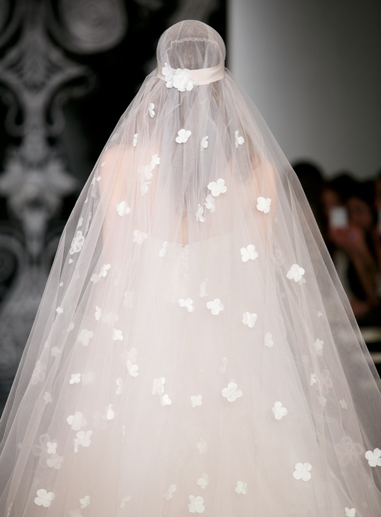 Beautiful bridal details at Reem Acra 23