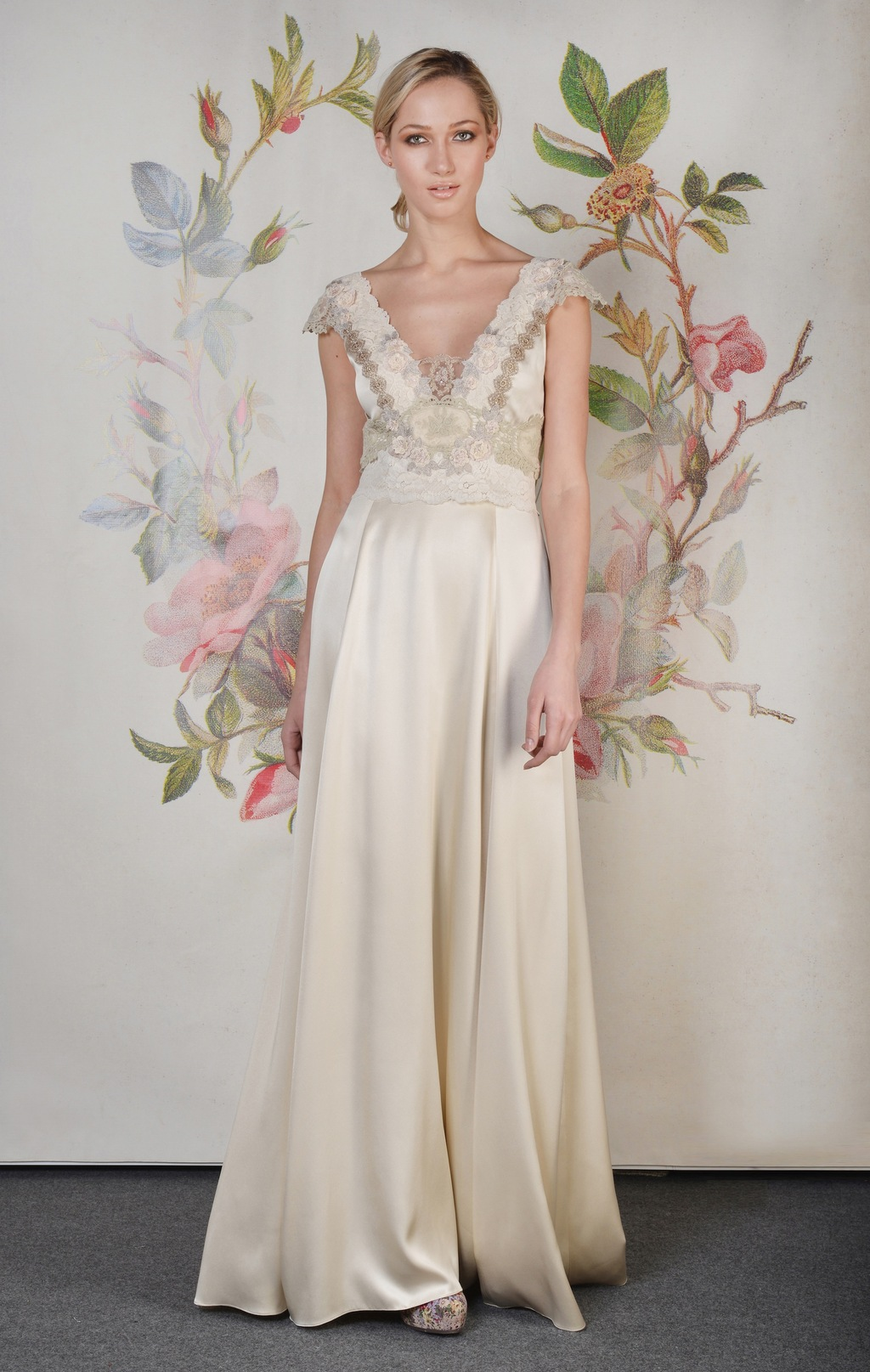 Claire pettibone spring summer 2014 wedding dress abigail for Wedding dress claire pettibone