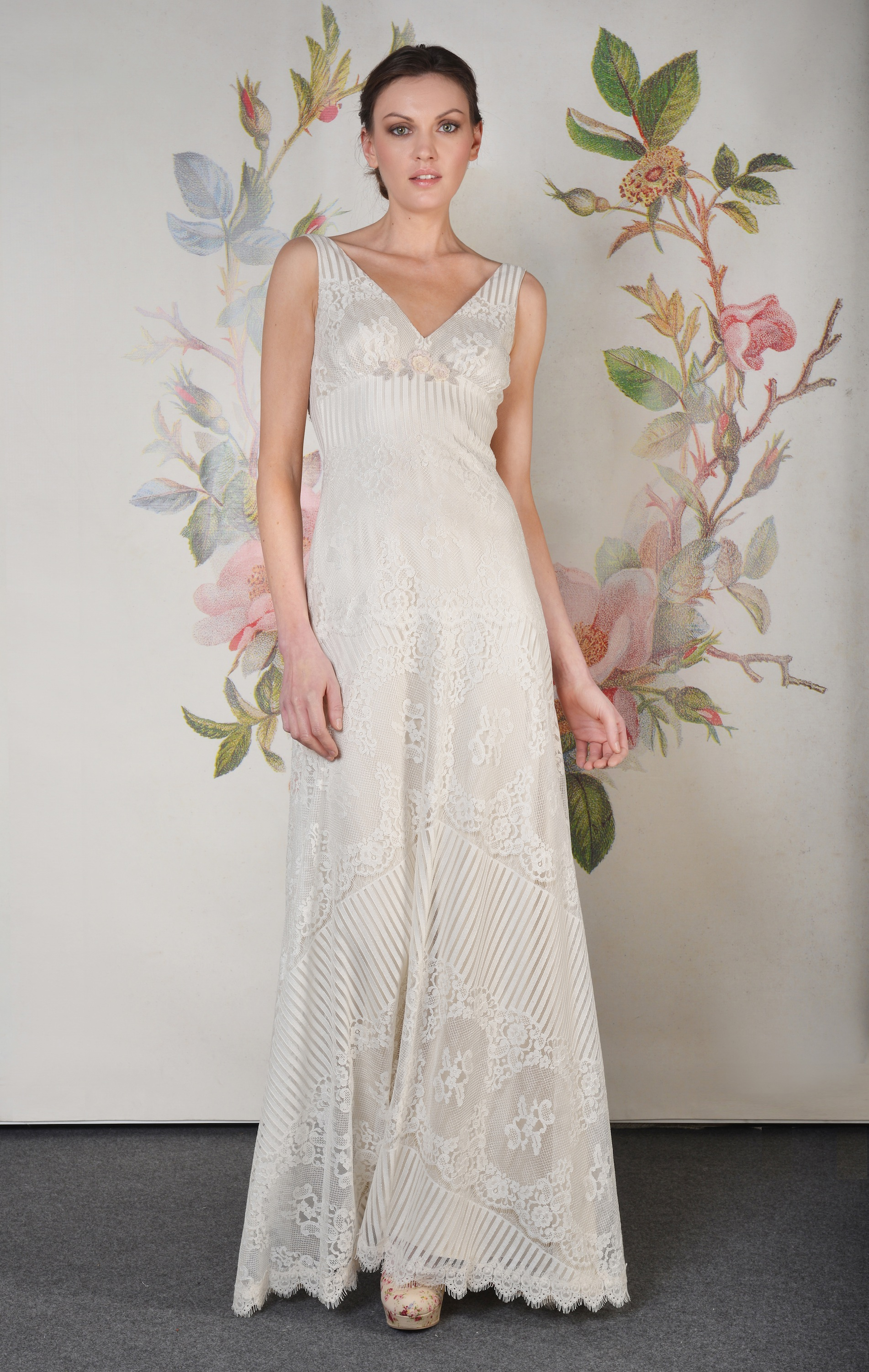 Claire pettibone spring summer 2014 wedding dress for Wedding dress claire pettibone