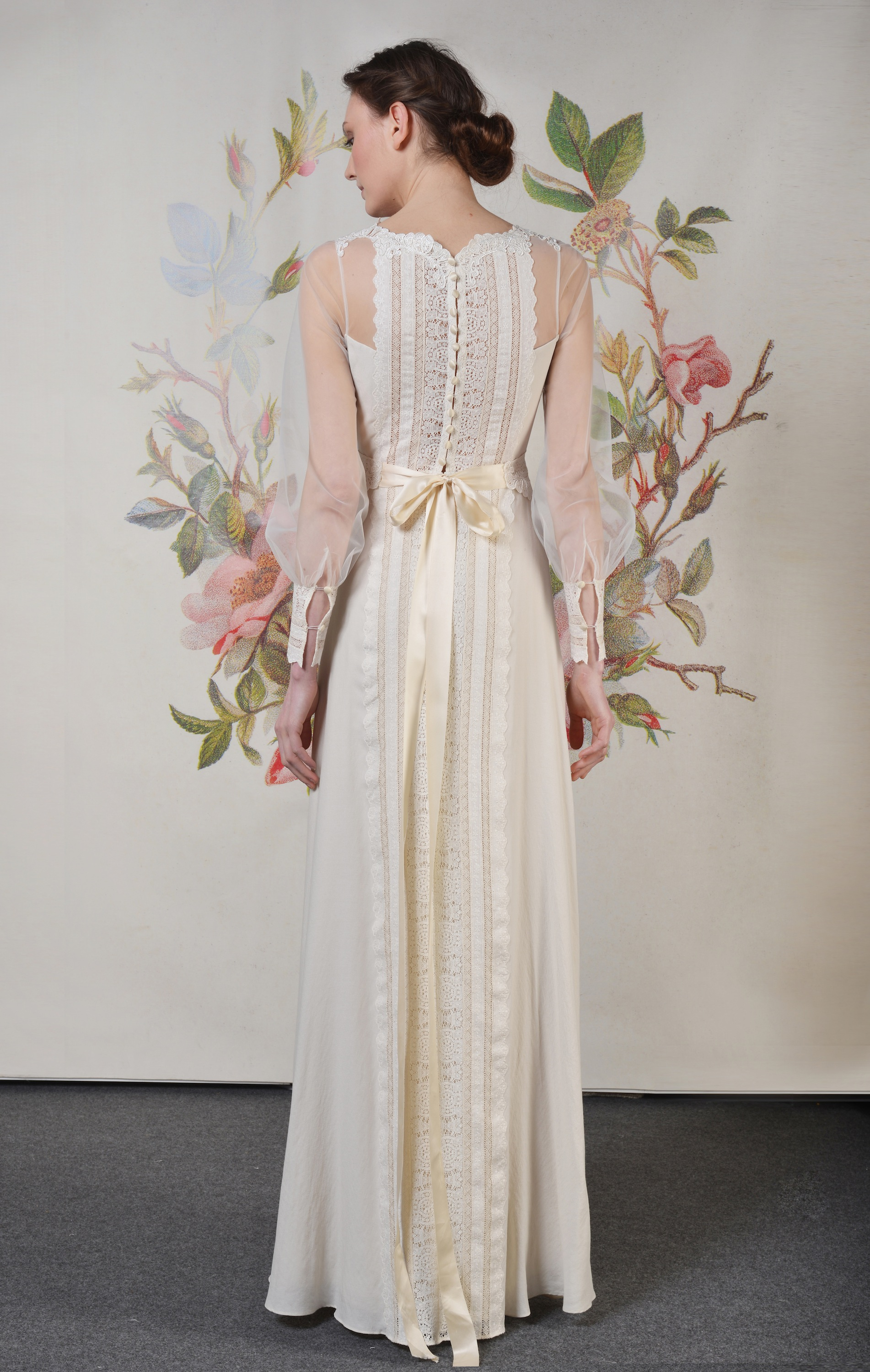Claire pettibone spring summer 2014 wedding dress delaney for Wedding dress claire pettibone