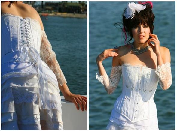 Wedding-dress-dresses-inspiration-corset-white-lace-edgy-punk.full