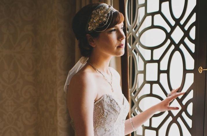 Art-deco-bridal-headband-with-crystals.full