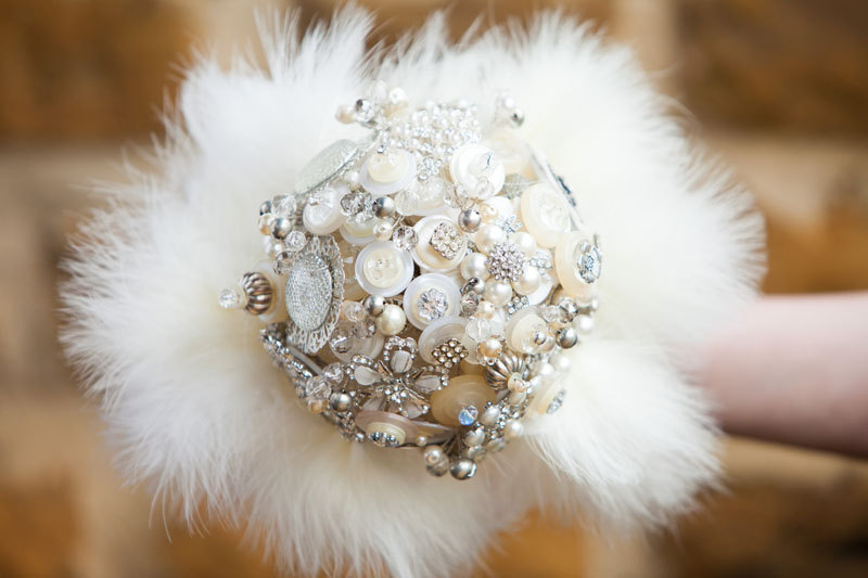 Great Gatsby feather and brooch bridal bouquet