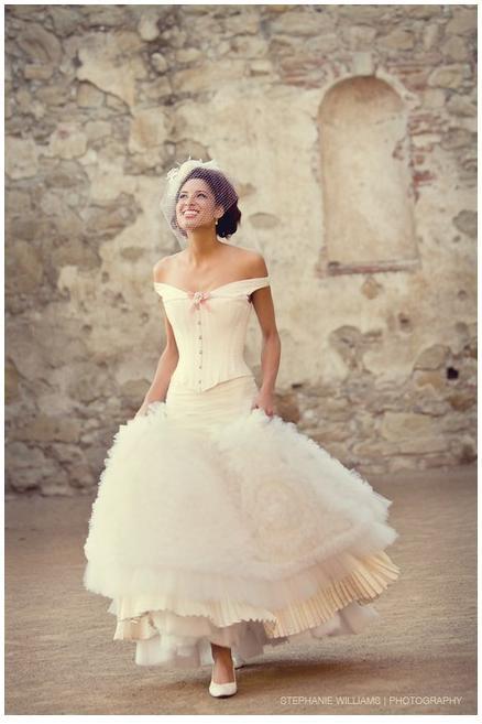 Wedding-dress-dresses-inspiration-corset-white-lace.full-fluffy-frill-skirt-pink-bow.full