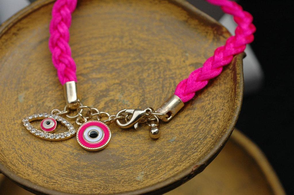 Hot-pink-evil-eye-bracelet.full