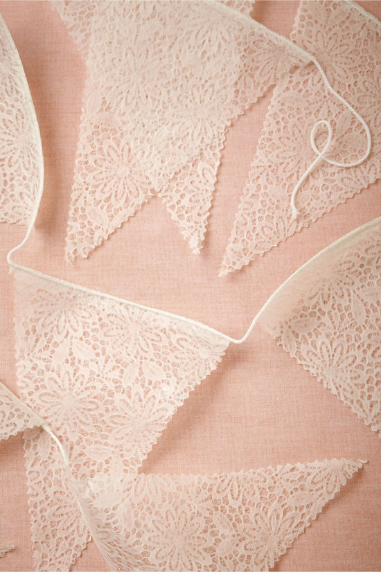 Lace Pennant Garland