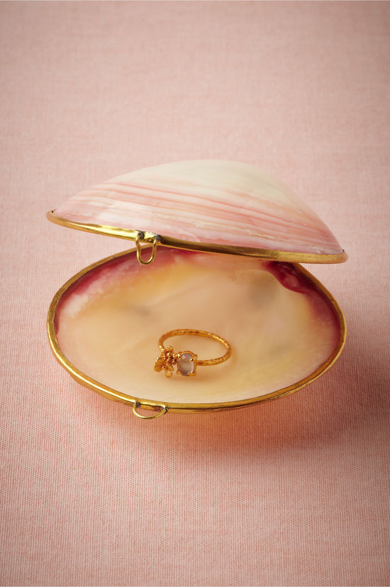 photo of  Sulu Sea Ring Holder