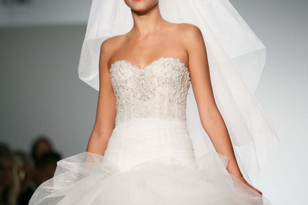 Kenneth-pool-wedding-dress-spring-2014-bridal-glam.full
