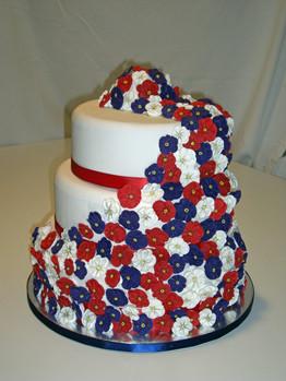 Patriotic_flower_cake_red_white_blue.full