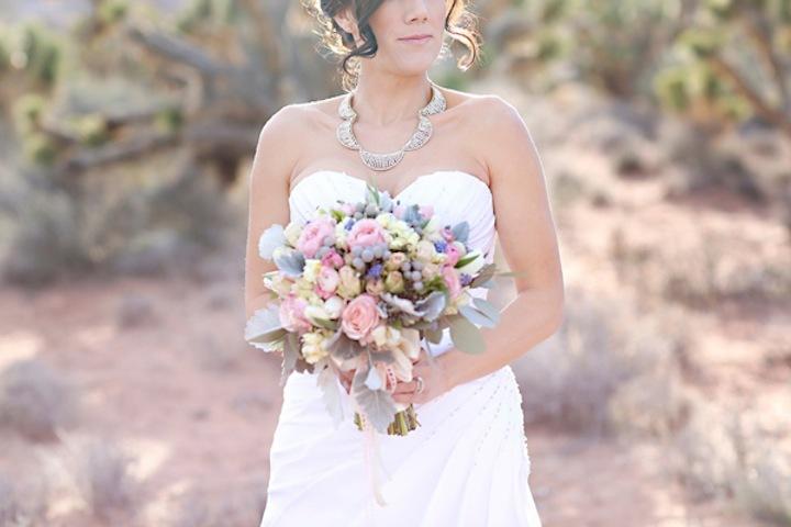 Wedding-blogs-we-love-the-loveliest-day.full