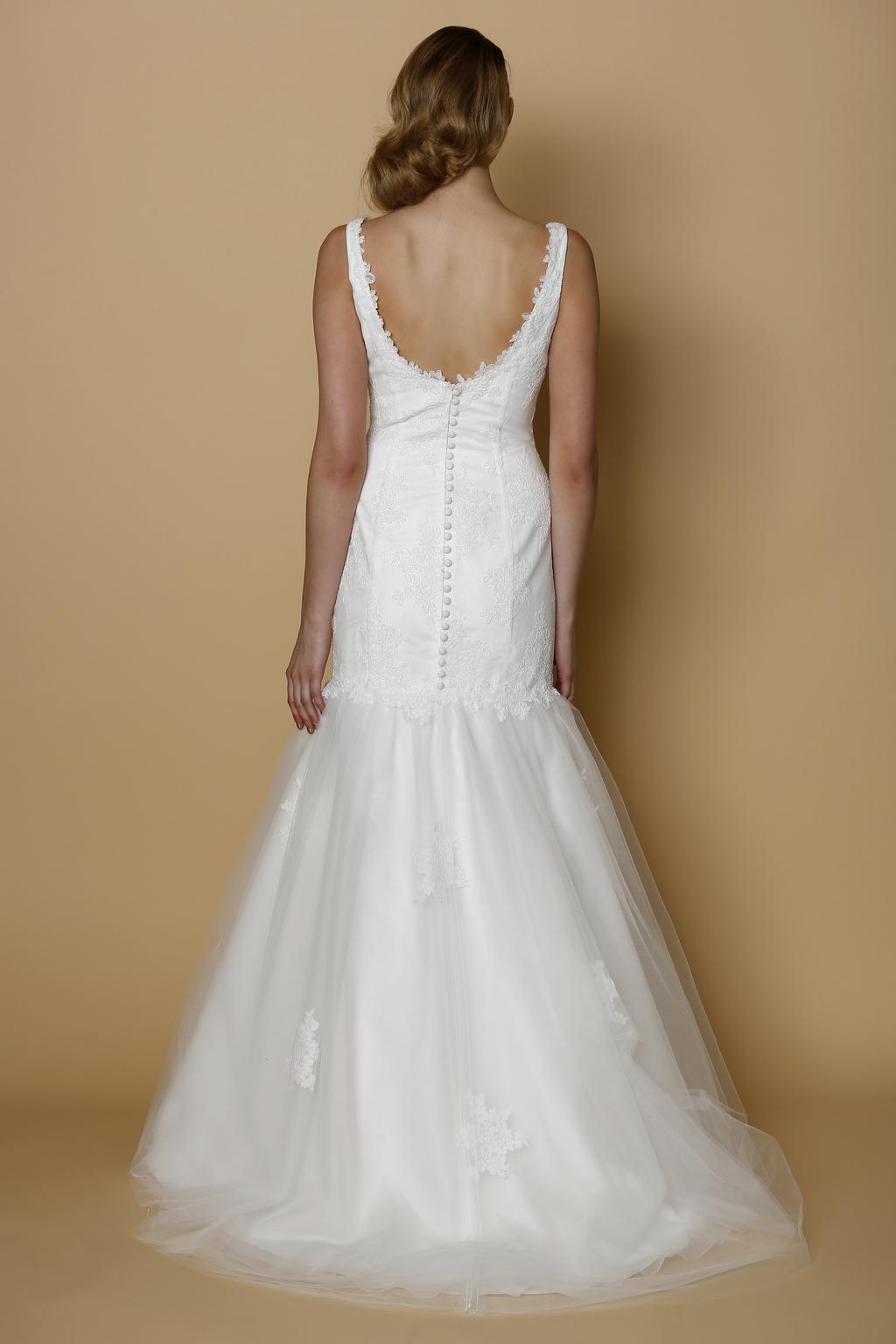 Alyne-spring-summer-2014-wedding-dress-corsica-back.full