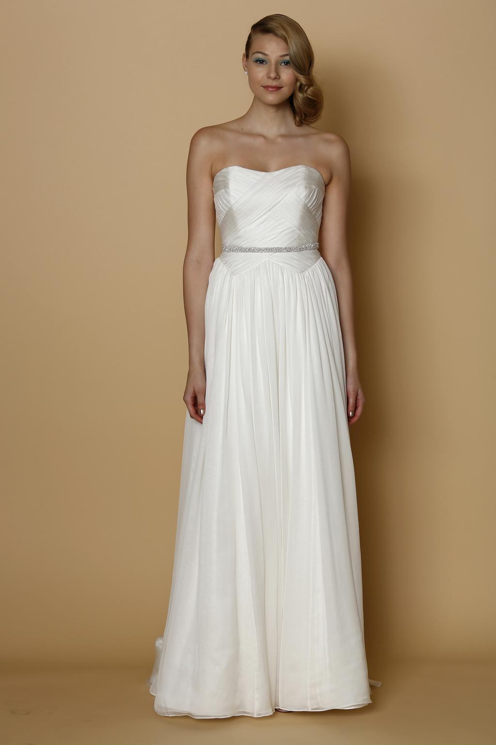 Alyne-spring-summer-2014-wedding-dress-martina.full