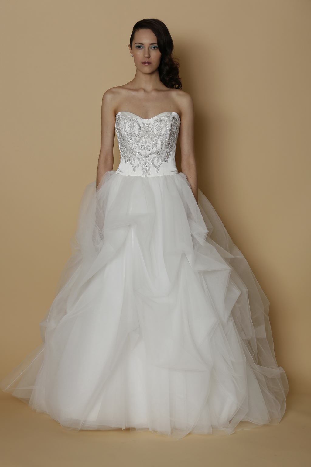 Alyne spring summer 2014 wedding dress roses for Wedding dresses with roses on them