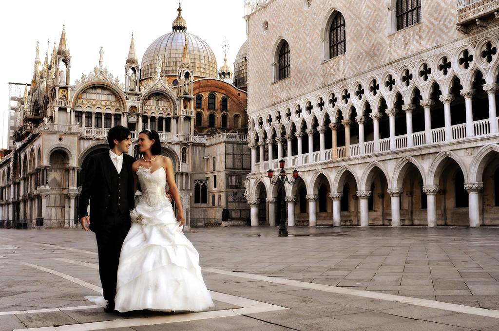 Wedding-photojournalism.full