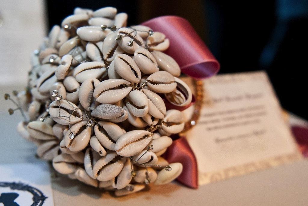 Shell-keepsake-wedding-bouquet-for-beach-brides.full