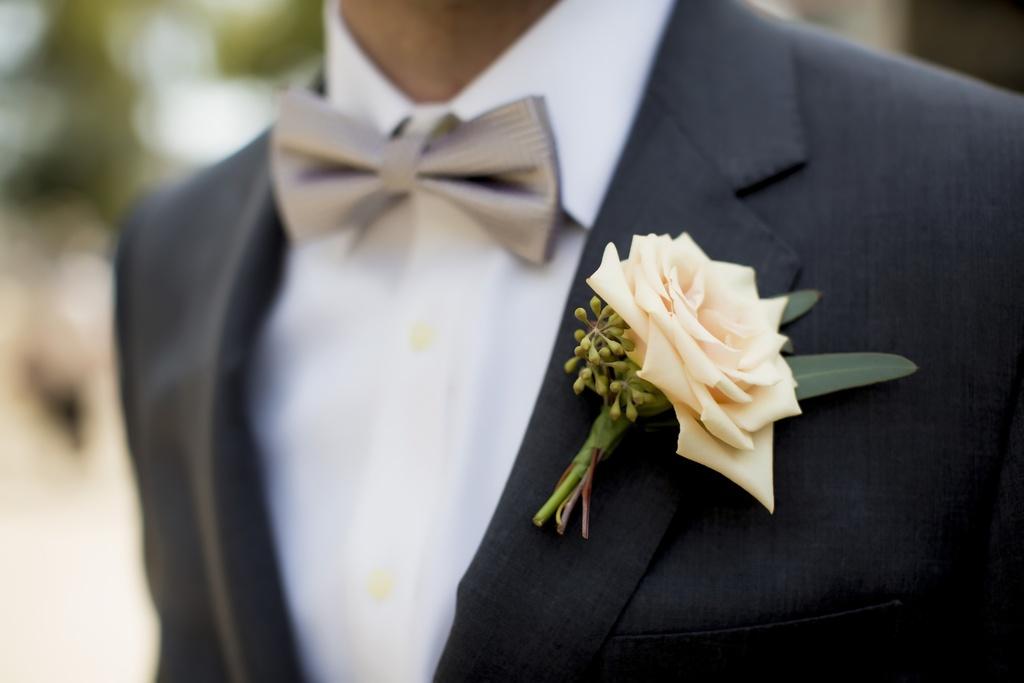 Grooms Attire Charcoal Suit Pastel Peach Rose Boutonniere