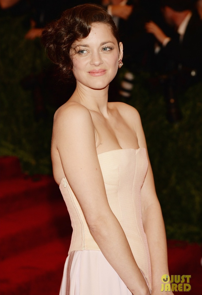 Wedding Hair Makeup Dos and Donts Met Ball 2013 natural knockouts