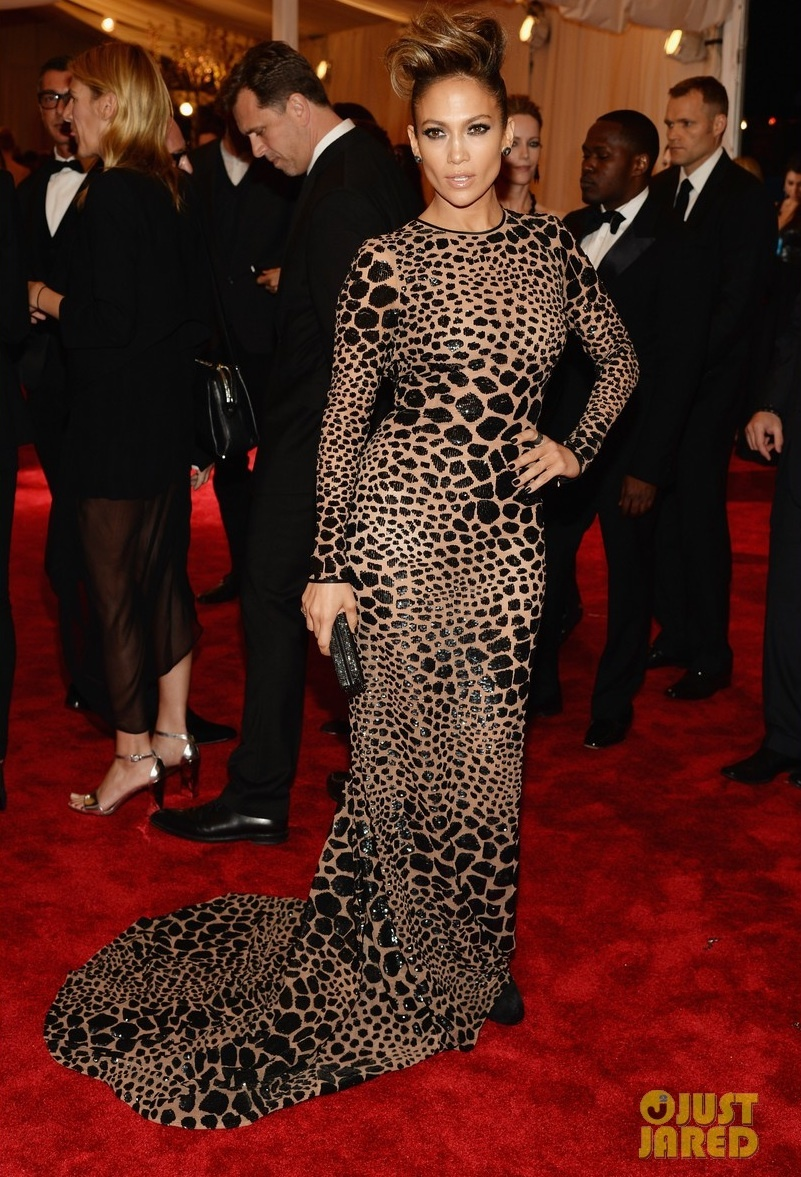 Met-ball-2013-wedding-hair-makeup-dos-and-donts-jlo.full
