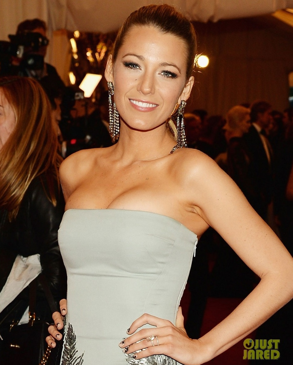 Met-ball-2013-wedding-hair-makeup-dos-and-donts-flawless-overall-blake-lively.full